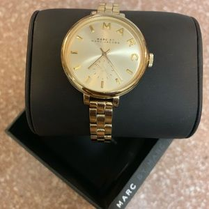 Marc Jacobs Dial Gold Tone Stainless Steel Watch
